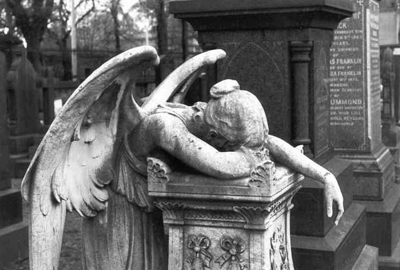 weeping angel statue 2 - Queen Anne Boleyn