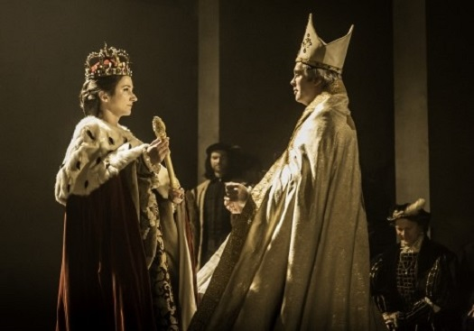 Lydia Leonard (left) as Anne Boleyn with Gile Taylor (right) as Thomas Cranmer Photo Credit: Royal Shakespeare Company